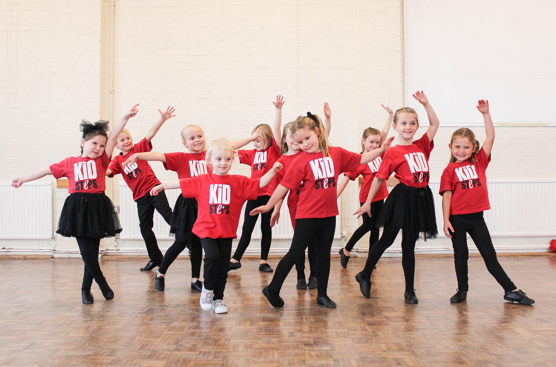 dancing in cheltenham and gloucester for adults and children finesteps